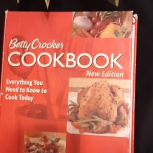 Betty Crocker, CookBook.